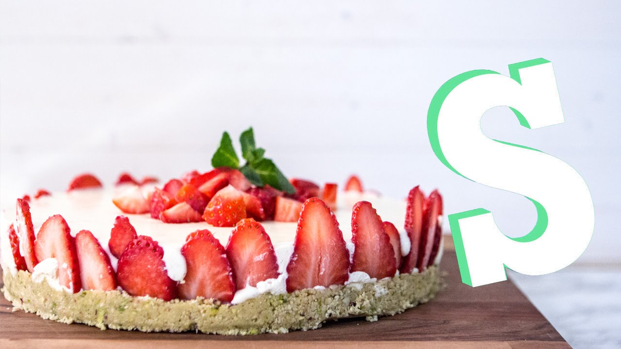 Strawberry Bavarois Cake Recipe