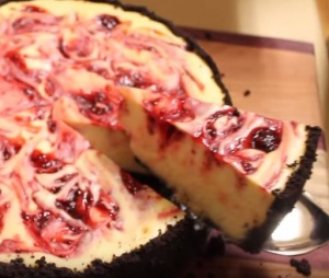 White Chocolate Raspberry Cheesecake - YouTube6