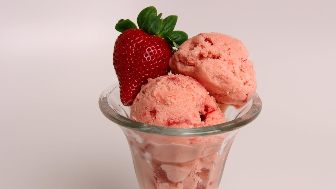 Healthy and delicious homemade strawberry ice cream recipe this homemade strawberry ice cream is one of the best summer treats ccuart Gallery