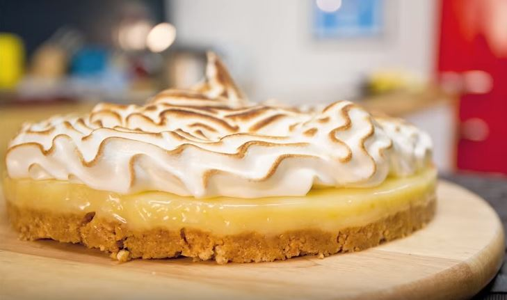 Have A Slice Of This Sweet And Zesty Lemon Meringue Pie