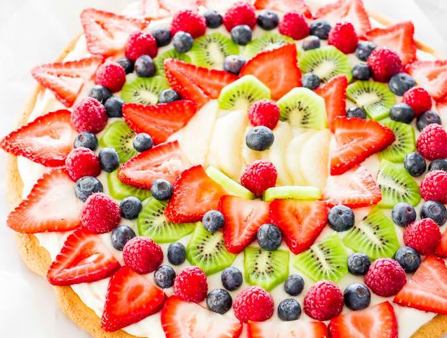 Amazing Fruit Pizza With Cream Cheese