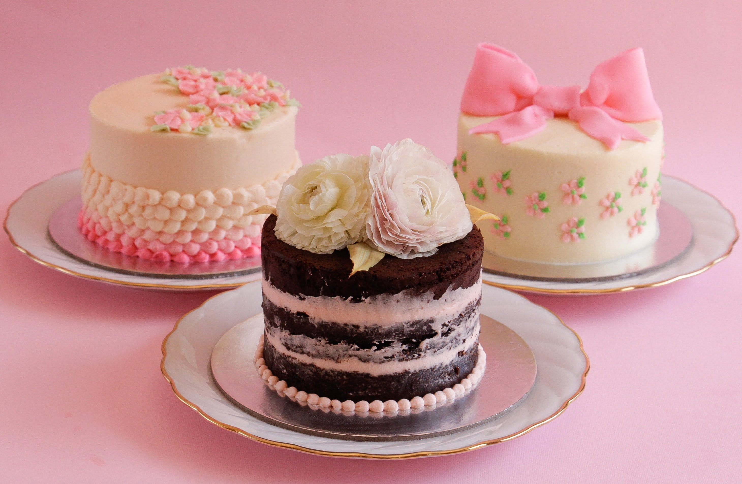 Small Round Cake Decorating Ideas